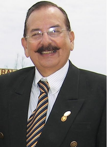 Julio Dominguez G.