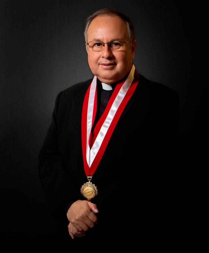 Juan Roger Rodríguez Ruiz – Rector ULADECH Católica
